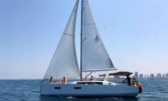 Cruising Monohull For Rent In תל אביב יפו