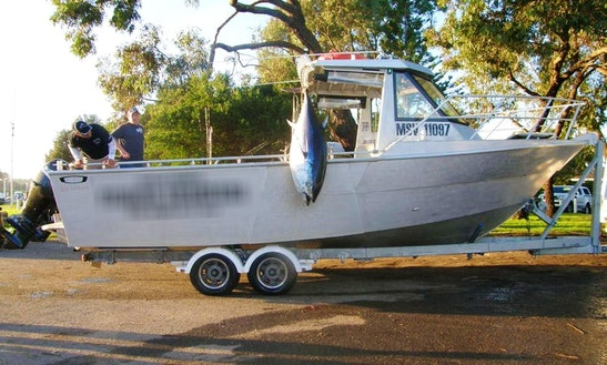 Enjoy Fishing In Queenscliff, Victoria With Captain Jarrod