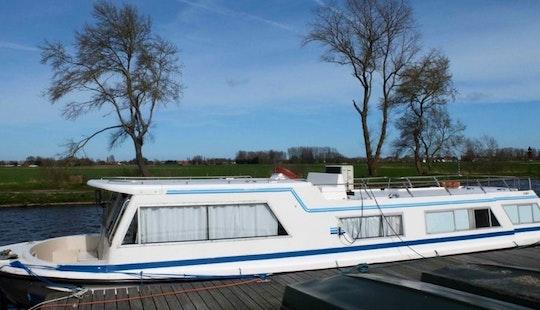 Canal Boat Rental In Saint-jean-de-losne