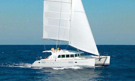 Charter 45' Lagoon Cruising Catamaran In Piombino, Toscana