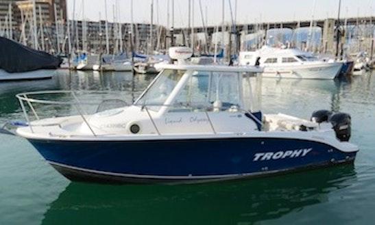 26ft Bayliner Trophy Walkaround Pro Sportfisherman Boat Charter In Vancouver, British Columbia
