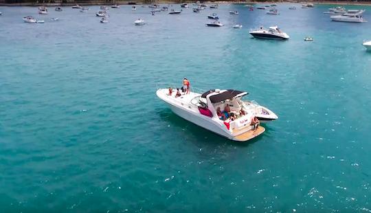 44' Luxury Yacht Rental Chicago