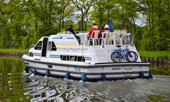Charter An Orion Houseboat In Briare, France