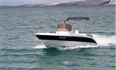 Rent 20' Fisher Center Console in Pag, Croatia