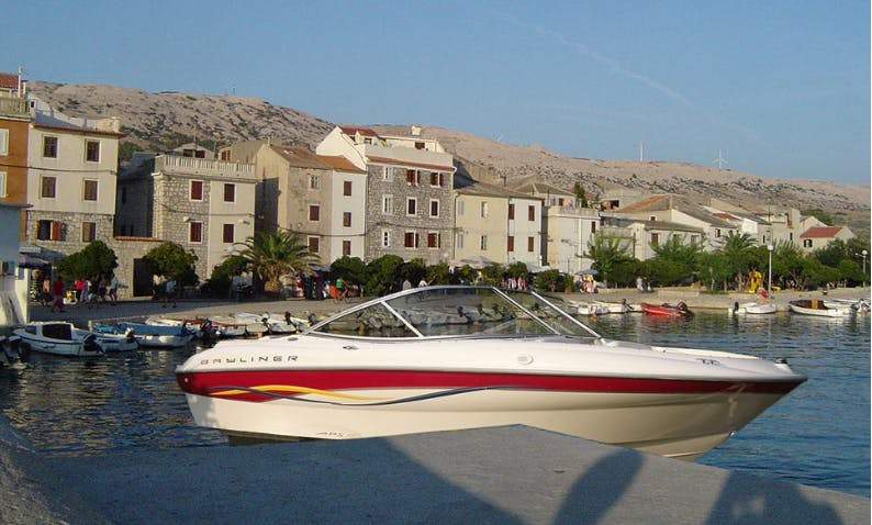 Rent 21' Byliner Bowrider in Pag, Croatia