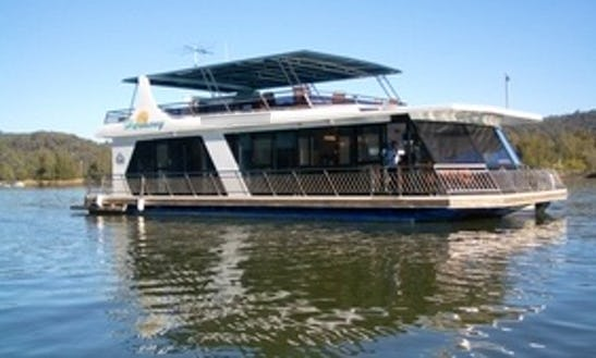 Charter 56' Ultimate Luxury Spa Houseboat In Wisemans Ferry, New South Wales