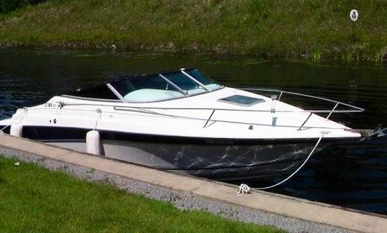 Motor Yacht Rental In Toronto