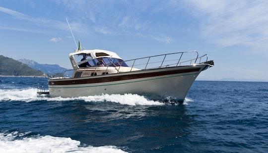 Rent A 32' Motor Yacht