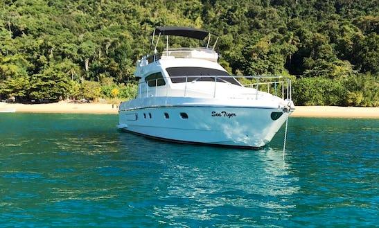 Motor Yacht Rental In Ubatuba