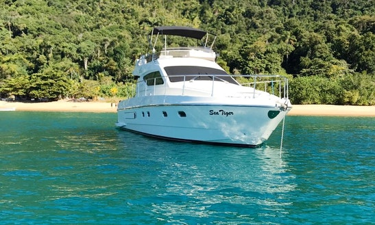 Motor Yacht Rental In Ubatuba