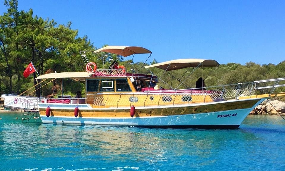 Charter 48' Poyraz Motor Yacht in Muğla, Turkey