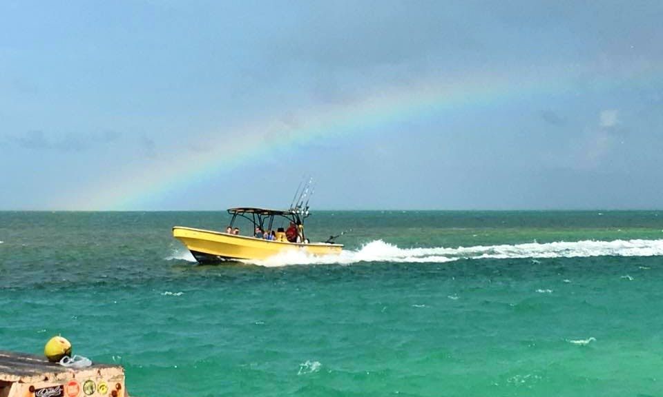 Island Hopping Tour in Belize