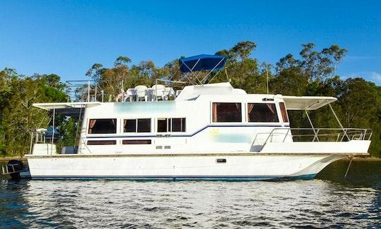 Hire 45' Houseboat At Lake Macquarie, Kilaben Bay