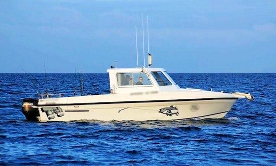 Enjoy Fishing In Lakes Entrance, Victoria With Captain Tony