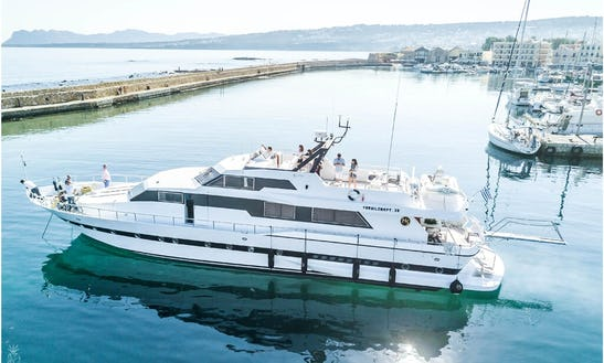 Motor Yacht Rental In Piraeus