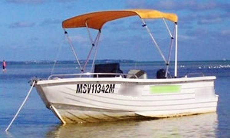 Polycraft Fishing Boat Rental in Rosebud West
