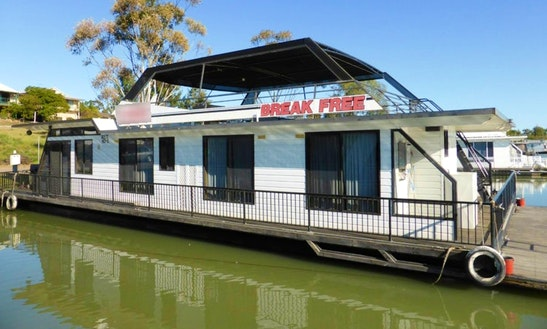 'break Free' Houseboat Hire In Murray Bridge