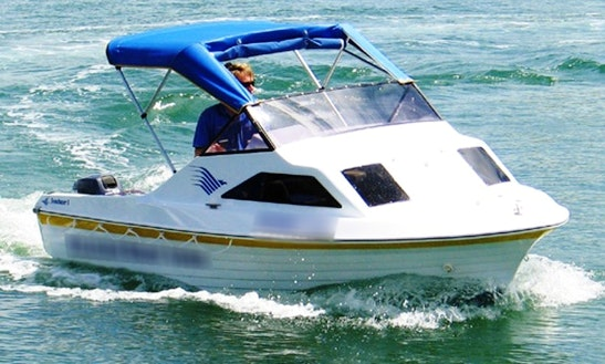 Captained Sunchaser Power Boat Hire In Noosaville, Queensland, Australia