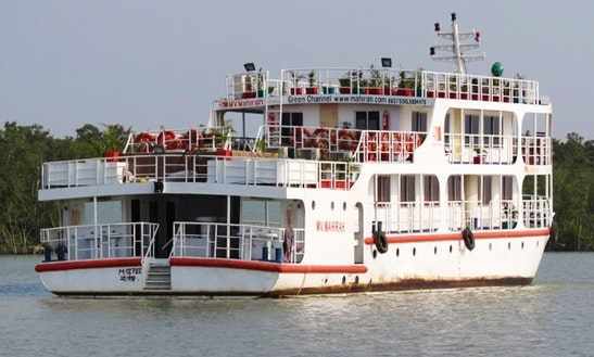 Charter 105' Rina Houseboat In Dhaka, Bangladesh