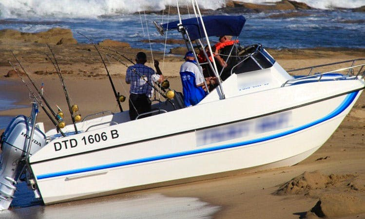 19' Tom Cat Fishing Charter In Shelly Beach