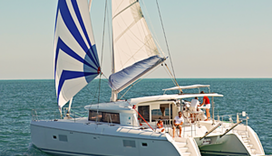 Charter A 42' Lagoon Cruising Catamaran In Muğla, Turkey