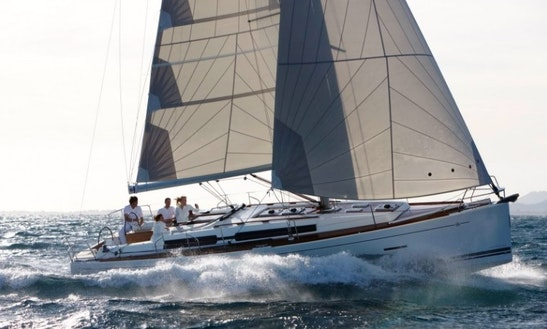 Charter Dufour 405 Grand´large In Horta, Azores