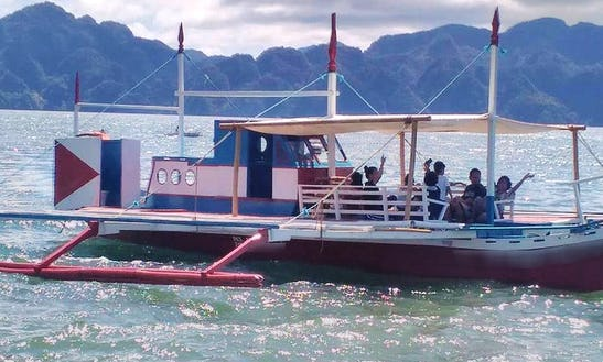 Book An Amazing Traditional Boat In Coron, Philippines