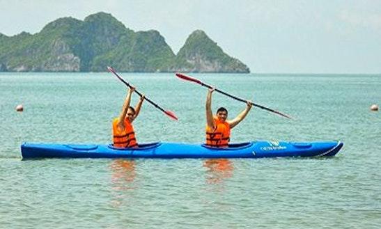 Enjoy Kayak Fihsing In Thanh Pho Phu Quoc, Vietnam
