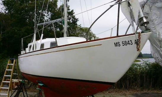 Cruising Monohull For Rent In Oak Bluffs