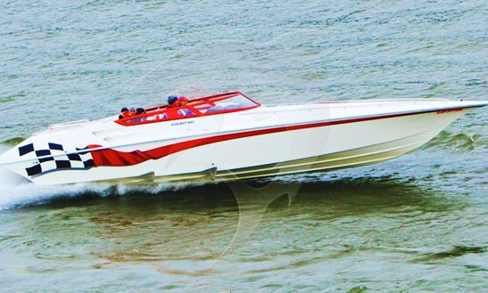 35' Fountain Performance Power Boat
