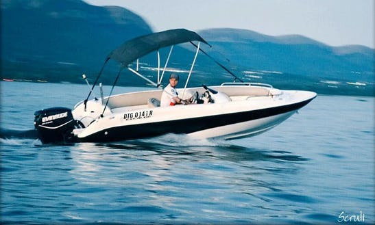 Charter A Bowrider In Hartbeespoort, South Africa