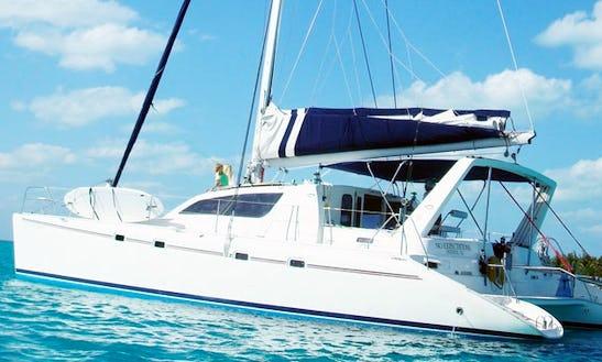 47' Leopard Cruising Catamaran Rental In Key West