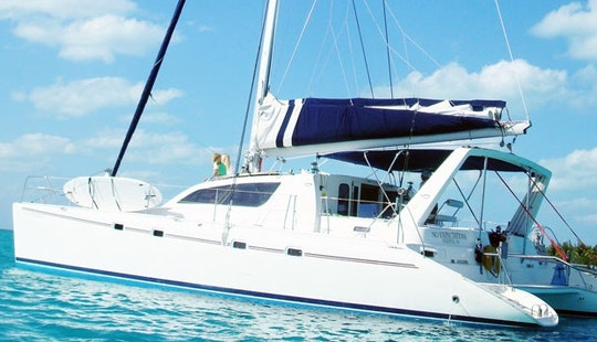 47' Leopard Cruising Catamaran Rental In Key West