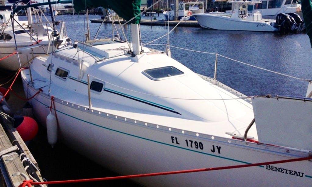 27' Cruising Monohull Charter in Fernandina Beach, Florida