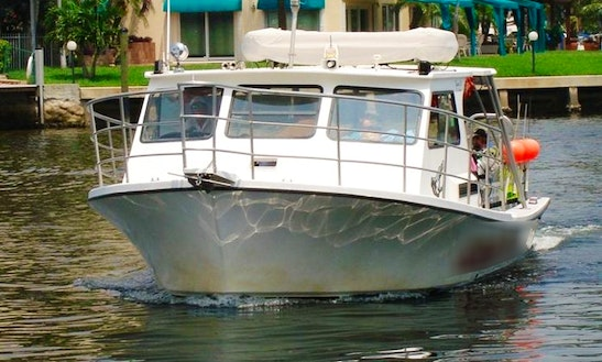 Charter On 36ft Cuddy Cabin/walk Around Boat In Pompano Beach, Florida