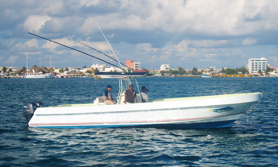 33' Center Console Fishing Charters In Isla Mujeres, Mexico