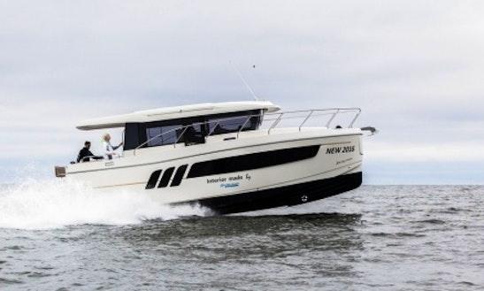 Rent Escape 1150 Voyage Motor Yacht In Kyiv, Ukraine
