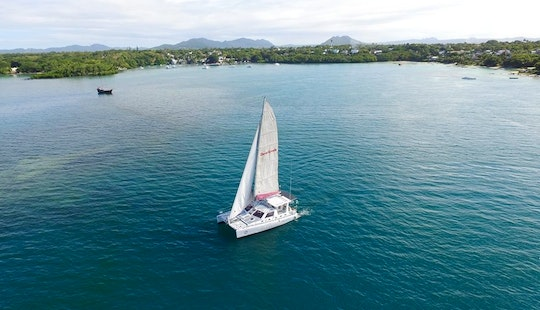 Exciting Sailing Cruise For 20 People In Mauritius Island