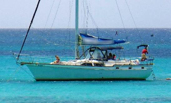 40' Cruising Monohull Charter In Oranjestad, Aruba