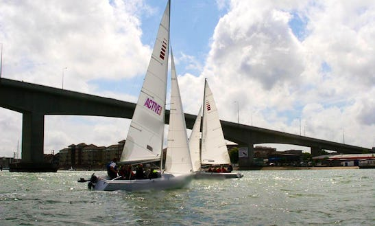 Keelboat Daysailer Sailing Lessons In Southampton