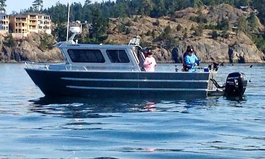 28'  Halibut Fishing Charter In Oak Bay