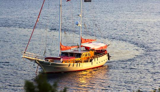Charter 89' Cobra Iii Gulet In Muğla, Turkey
