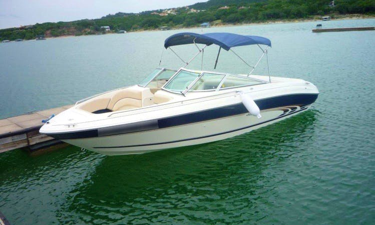 Amazing 21 ft Sea Ray Bowrider on Lake Travis. This boat is for you to have fun.