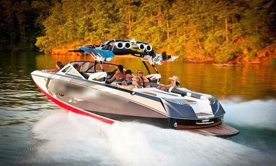 Rent 25' Nautique G25 Bowrider In Leander, Texas