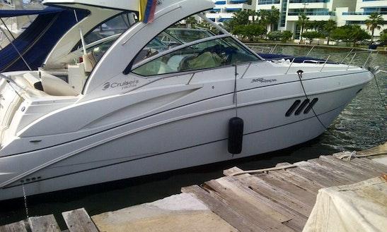 Charter 38' Vista  Motor Yacht In Cartagena, Colombia