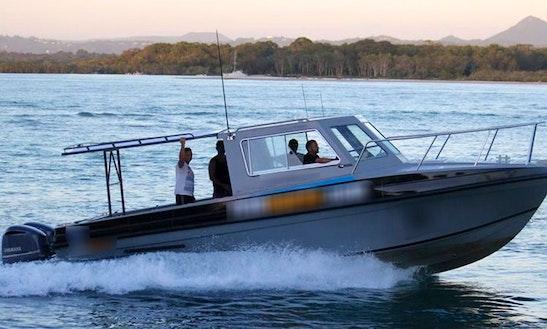 Enjoy Fishing On Noosa River, Noosaville With Captain Wally
