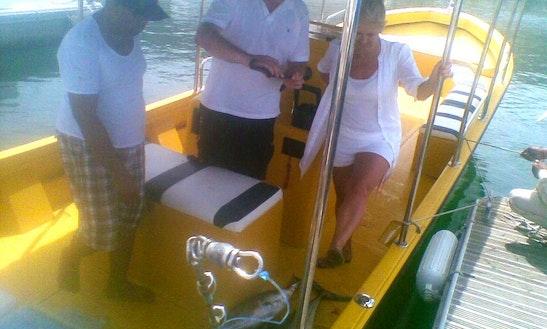 Boat For 6 Fishermen In Muscat