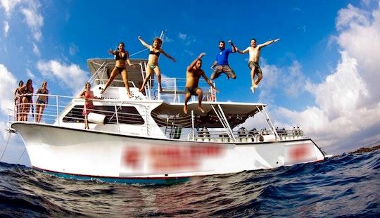 46' Passenger Boat In North Kona, Hawaii