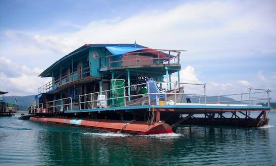 6 Bedrooms Houseboat Rental In Kuala Terengganu, Malaysia