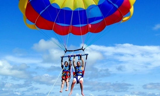 Enjoy Parasailing In Ras Al-khaimah, United Arab Emirates